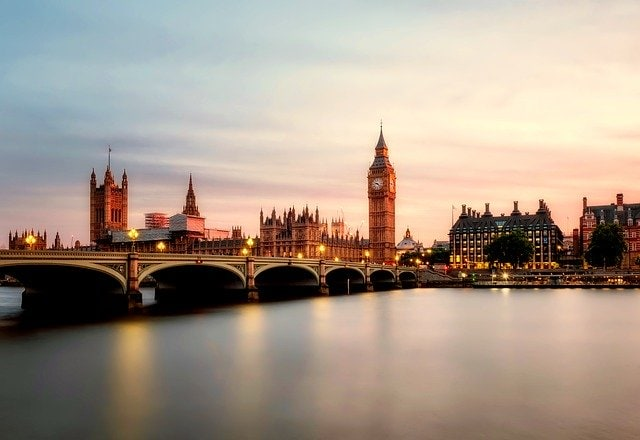 Vuelo mas hotel a Londres desde 87€
